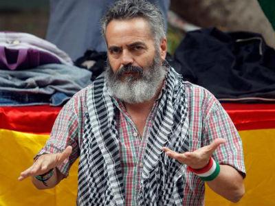 """>> Prefeito """"vermelho"""" guia expropriações em supermercados – Carrinhos de alimentos para 36 famílias pobres de Sevilha"""