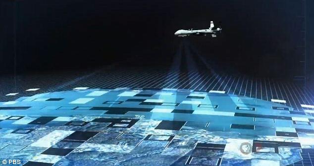 """>> """"Nunca sei ao certo"""" do Leminski + Você cidadão normal, quem diria, é a anomalia a ser rastreada,  vigiada… e programada… + """"Rise of the Drones"""" da PBS, """"brought to you by"""" quem faz os drones…"""