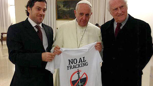 >> Papa Francisco contra o fracking