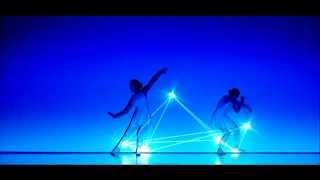 """>> Amores Insólitos 54 – Dançando com as luzes – """"Pleiades"""" por Enra"""
