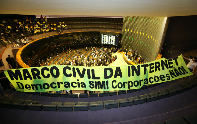 marco-civil-democracia-sim