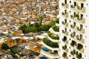 Não a chamem de globalização: é um nivelamento planetário , por Diego Fusaro